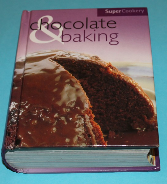 Chocolate and baking Super Cookery